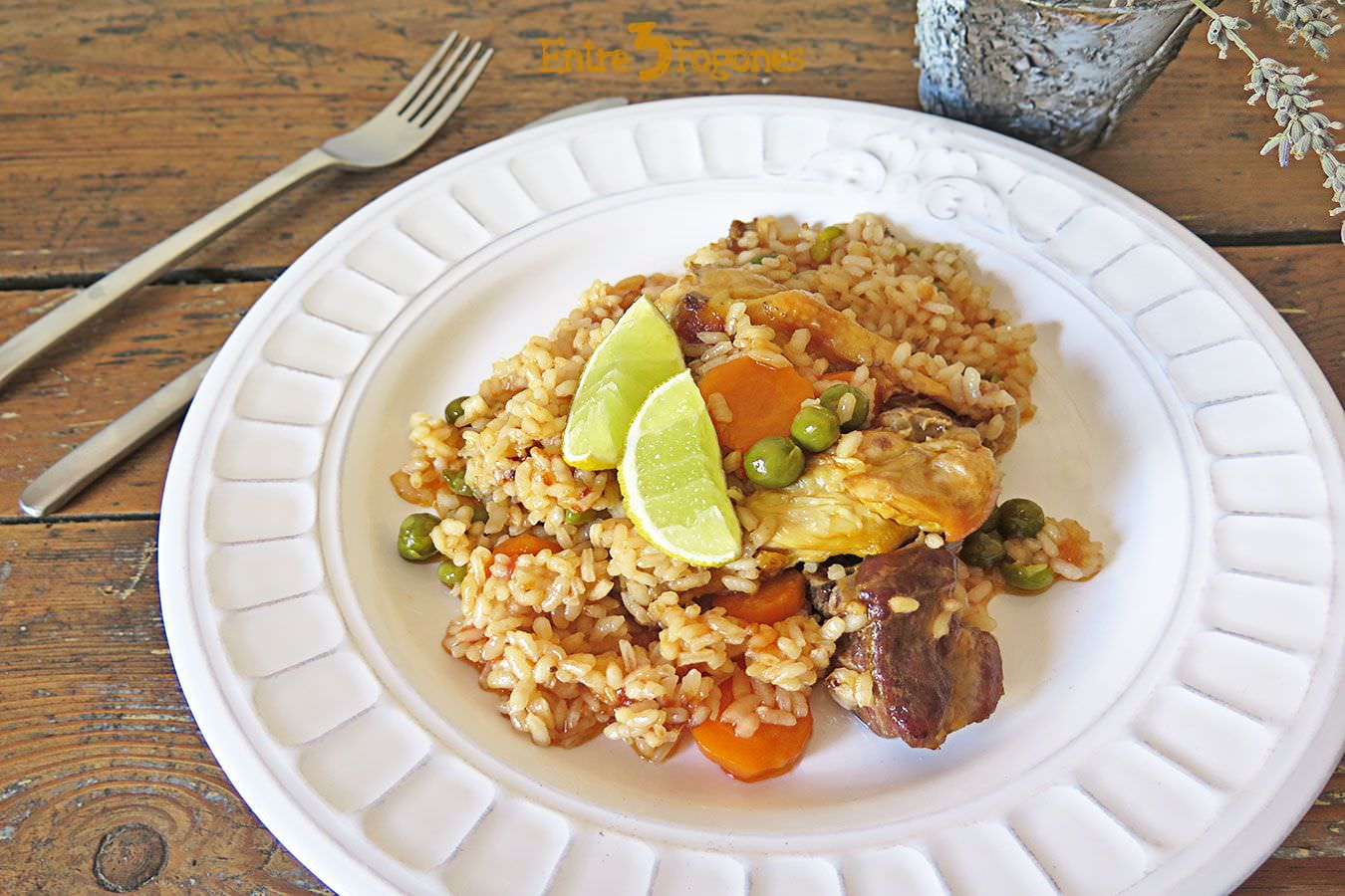 Photo of Arroz con Carne y Verduras en Caldo de Cocido