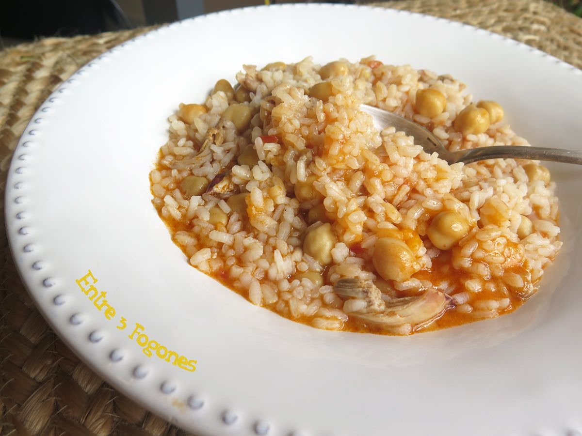 Photo of Arroz Meloso con Garbanzos y Codorniz