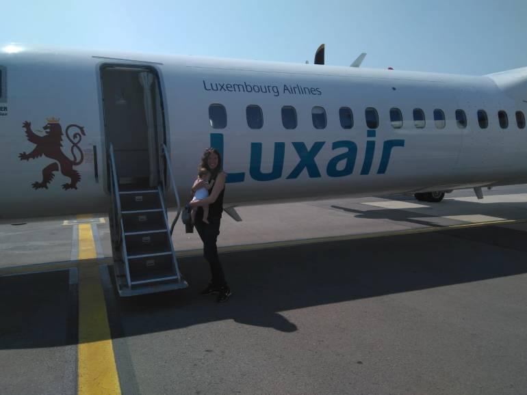 Ventajas de viajar con un bebé en avión