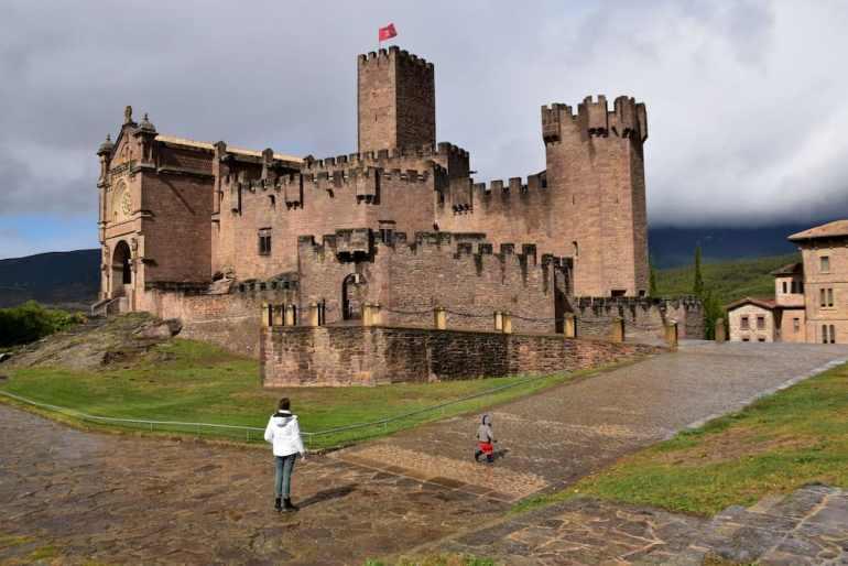 Exteriores del castillo de Javier