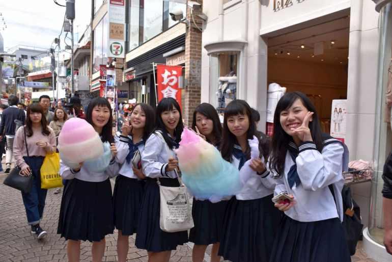 Colegialas en Takeshita Dori