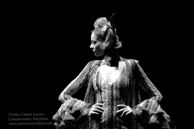 trajes de flamenca simof 2014 entre cirios y volantes (15)