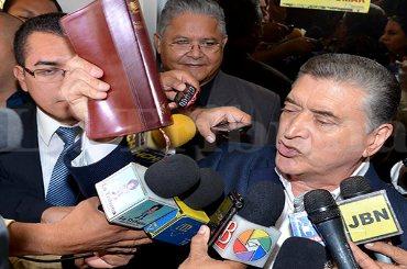 En Honduras decretan medidas cautelares contra pastor evangélico alegando que discrimina a los gays