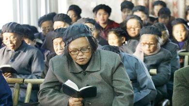 Pastores chinos obligados a incluir frases del presidente comunista en sus sermones