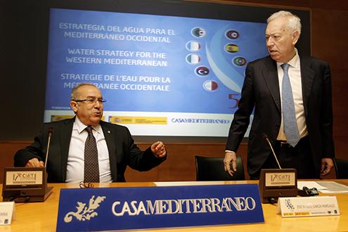 Ramtane Lamamra y José Manuel García-Margallo, en el Centro de Turismo de Valencia, donde han inaugurado el seminario sobre el agua. / MAEC