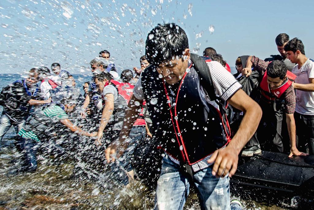refugiados sirios llegan a las costas de Grecia. / S.R