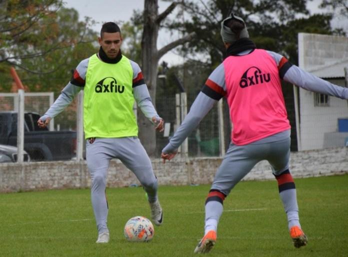 En el predio de La Capillita, Patronato siguió su preparación para el próximo duelo ante Argentinos. Tres jugadores trabajaron diferenciados.