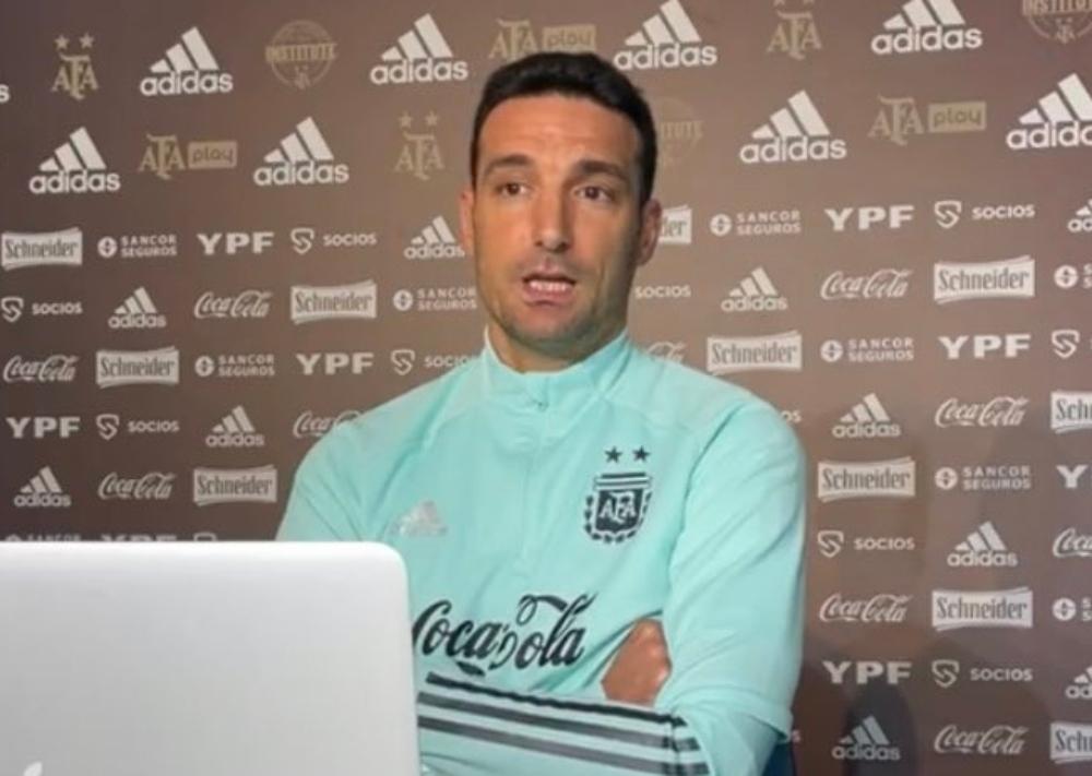 El entrenador de la selección argentina, Lionel Scaloni, confirmó dónde será el Argentina - Brasil. Además habló sobre el duelo ante Perú.