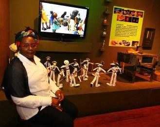 Artista popular se sente realizada com exposição