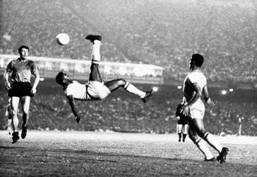 Futebol paixão nacional e nossos talentos indo embora cedo