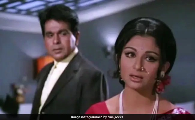 Dilip Kumar's Dastaan Co-Star Sharmila Tagore Recalls Their First Meeting In The Sixties