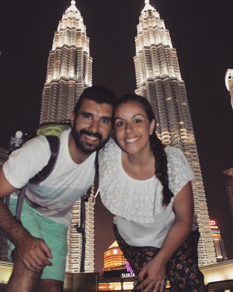 Petronas, Kuala Lumpur - Entre nubes de algodon