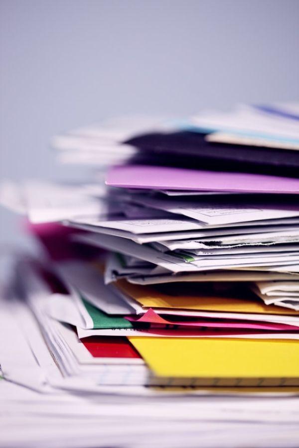 Le classement de papiers dans le désordre pour gagner en efficacité