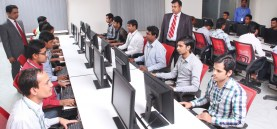 office_classroom_computers_work_information_technology_india_indian_people-932699