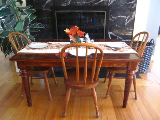 Kids' Thanksgiving Day Farm Table by EntriWays.com