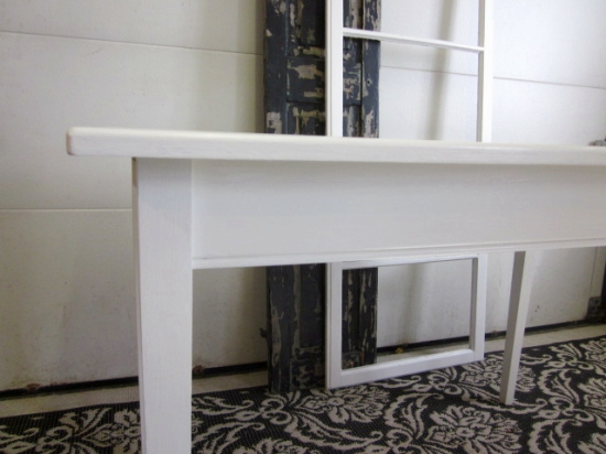 white-table-desk_img_6558