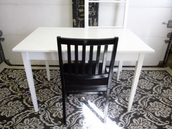 white-table-desk_img_6559