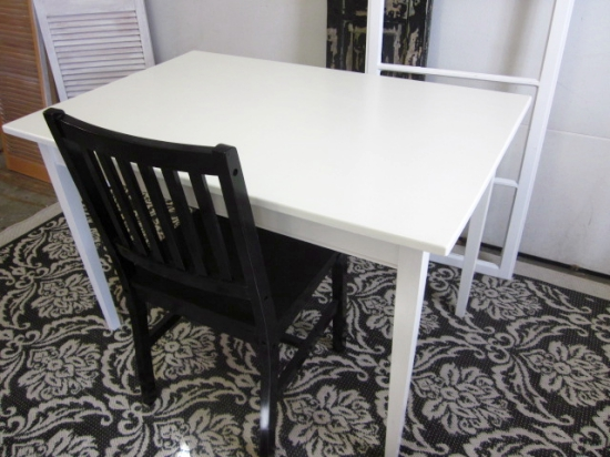 white-table-desk_img_6560
