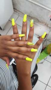Meet Skooltwo, An Entrepreneur and Pro Nail Therapist