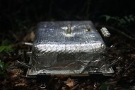 Chamber to capture greenhouse gas emissions from forest soils