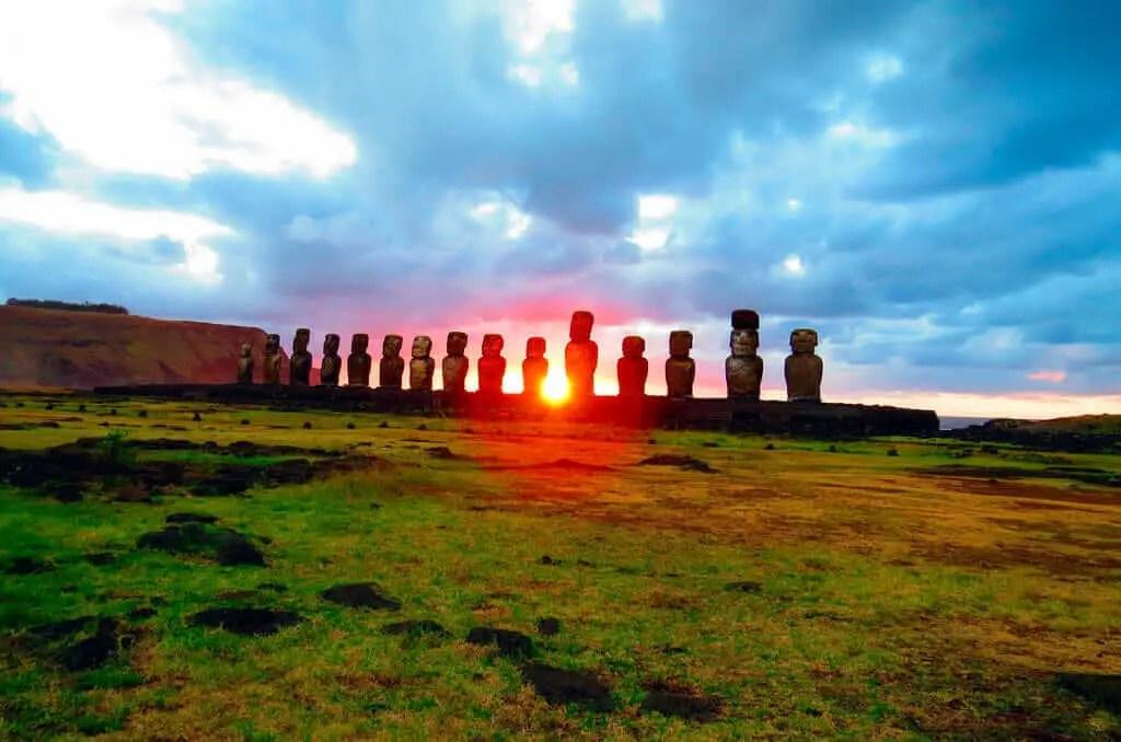Sitios Arqueologicos de Latinoamerica Isla de Pascua
