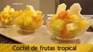 Cóctel de frutas tropical