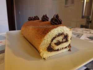 Brazo gitano relleno de chocolate