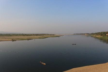 Vue sur la rivière.