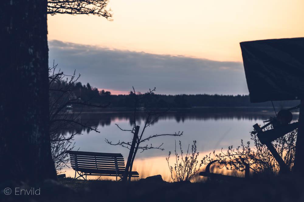 Promenad längs banvallen och sjön Mjörn, Björboholm. Foto Johanna Ene 2021.