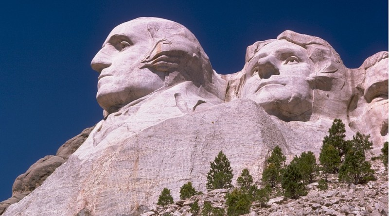 Photo of Mount Rushmore featuring the head of George Washington
