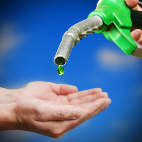 Turning Carbon Dioxide into Green Fuel