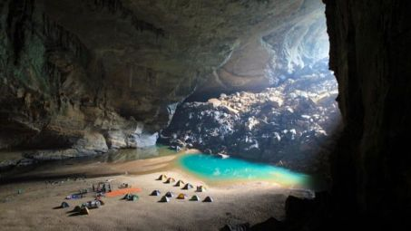 ogbunike-caves-historical-tourist-sites-in-nigeria