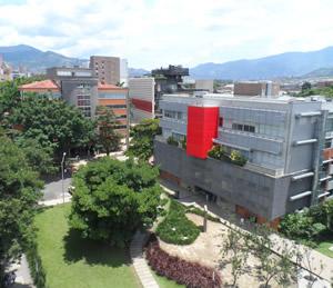 I Seminario Macroeconómico Universidad EAFIT: avances y desafíos de la política fiscal en Colombia