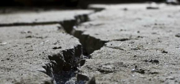 Deprem fay - Deprem İle İlgili Sözler - Deprem Sözleri, Acı Sözler, Üzgün Anlar, guzel-mesajlar, anlamli-sozler