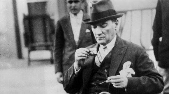 Eğer bir gün benim sözlerim bilimle ters düşerse bilimi seçin - Mustafa Kemal Atatürk Resimli Sözler - Atatürk Sözleri Ve Fotoğraf Arşivi, unlu-sozleri, guzel-sozler