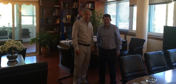 Συνάντηση Τ. Μαυρίδη με διοικητή ΟΑΕΔ