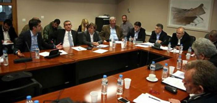 Συνάντηση με τον πρωθυπουργό ζητούν οι περιφερειάρχες για τα διαθέσιμα