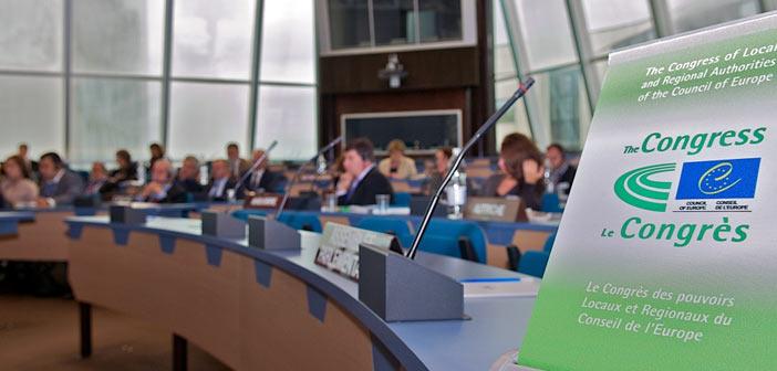 Τριμερή συνάντηση για την Τοπική και Περιφερειακή Δημοκρατία προτείνει η ΚΕΔΕ
