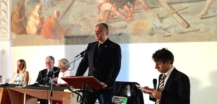 Έκκληση για το μεταναστευτικό έκανε ο Γ. Πατούλης σε ημερίδα στη Νάπολη
