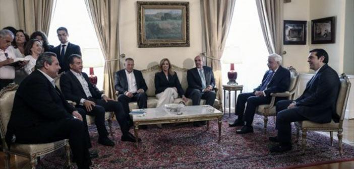 Δεν απάντησε ο Αλ. Τσίπρας στους πολιτικούς αρχηγούς για τις πρόωρες εκλογές