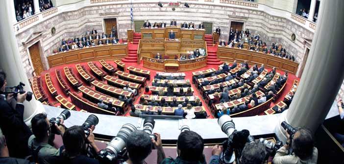 Τα σκληρά μέτρα του τρίτου μνημονίου σε Βουλή, κόμματα και «Θεσμούς»