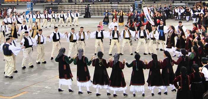 Εκμάθηση παραδοσιακών χορών από τον Δήμο Χαλανδρίου