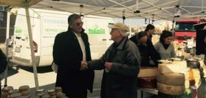 Ο δήμαρχος Αμαρουσίου Γ. Πατούλης στη 19η Δράση Διάθεσης Προϊόντων στο Μαρούσι