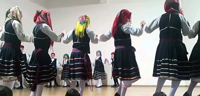Ελληνικοί παραδοσιακοί & λαϊκοί χοροί από το Ίδρυμα Π. Ζήση