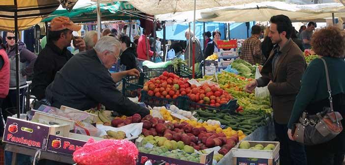 Αλλάζει θέση η λαϊκή αγορά Χολαργού