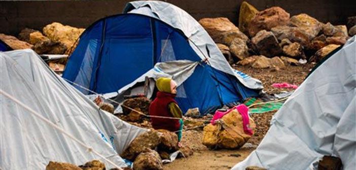 Χίος: Πρόσφυγες μέσα στα λασπόνερα της βροχής