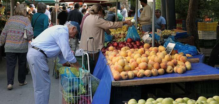 Έκτακτη σύσκεψη στην Περιφέρεια για τις λαϊκές αγορές – Δεν τηρούν τα μέτρα ασφαλείας