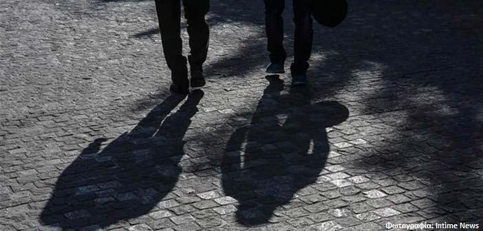 «Στο κόκκινο» η ανησυχία των Ελλήνων για την πανδημία – Απαισιόδοξοι για την οικονομία