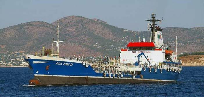 Βύθιση δεξαμενόπλοιου στον Σαρωνικό Κόλπο