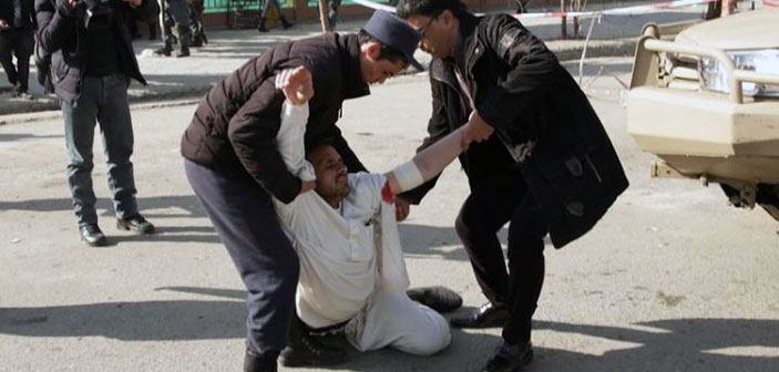 Εκατόμβη νεκρών μετά την έκρηξη βόμβας στην Καμπούλ